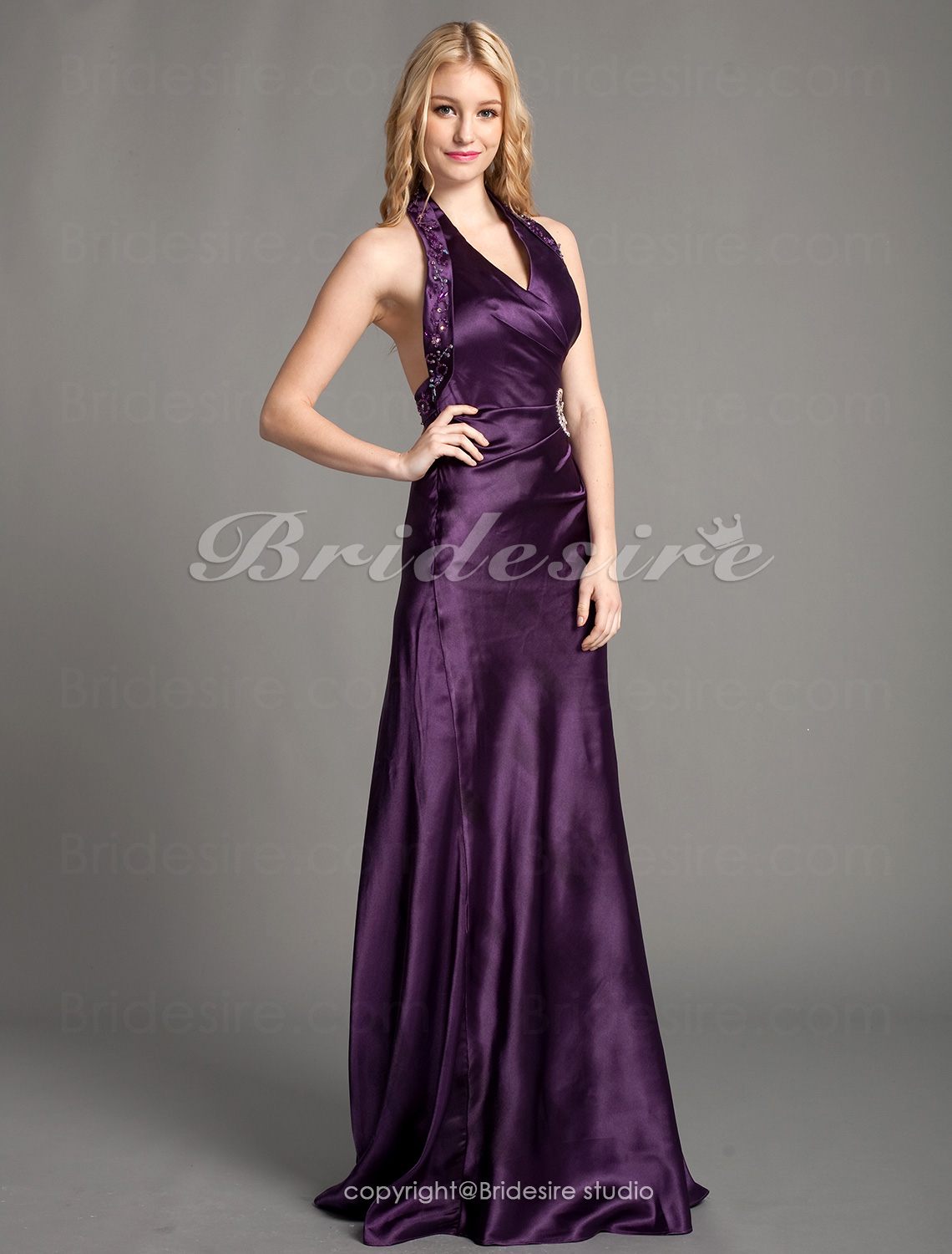 A-Linie Satin bodenlang Haulter Kleid